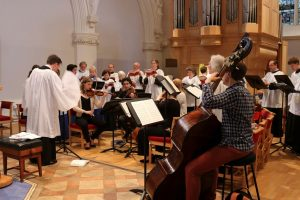 Choir and string quartet